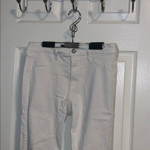 Hollister skinny white jeans, no rips
